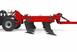 Sub loosener Under chassis clearance tillage machine